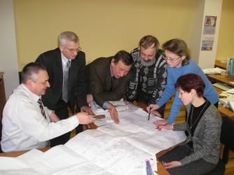 Инженеры и конструкторы ЗАО НПП Машпром за работой